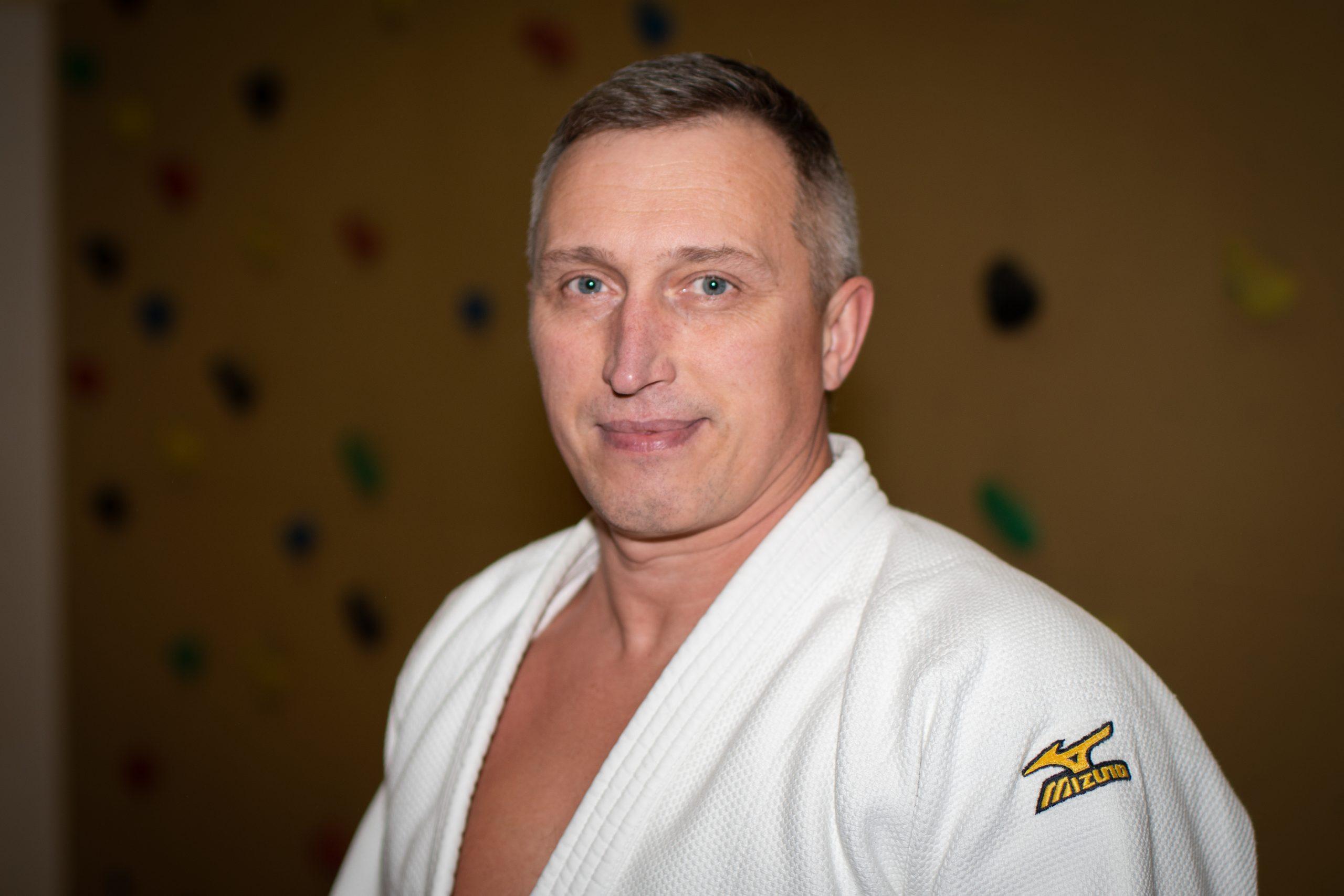 https://vfl-geesthacht.net/wp-content/uploads/2020/04/MF_VFL_Judo_Trainer_Alexander_Krivzov-scaled.jpg